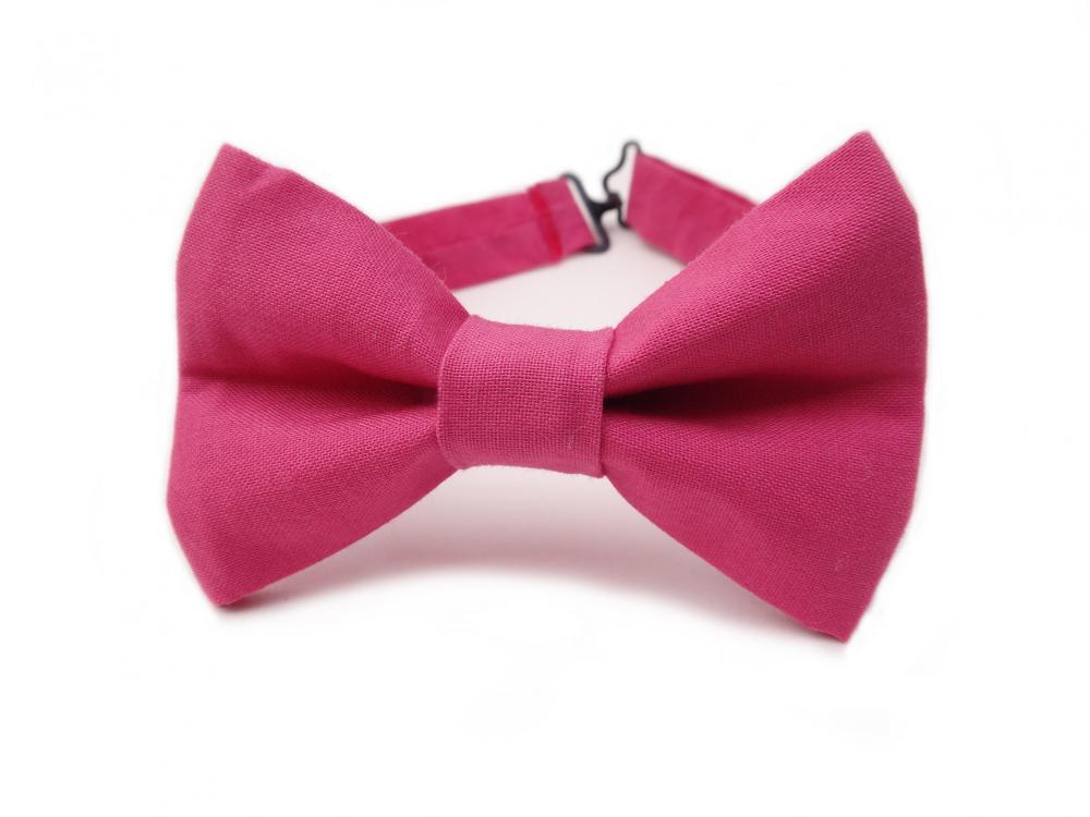 pink bow tie Blush pink paisley bow tie and other offers (eg ) at ties-necktiecom.